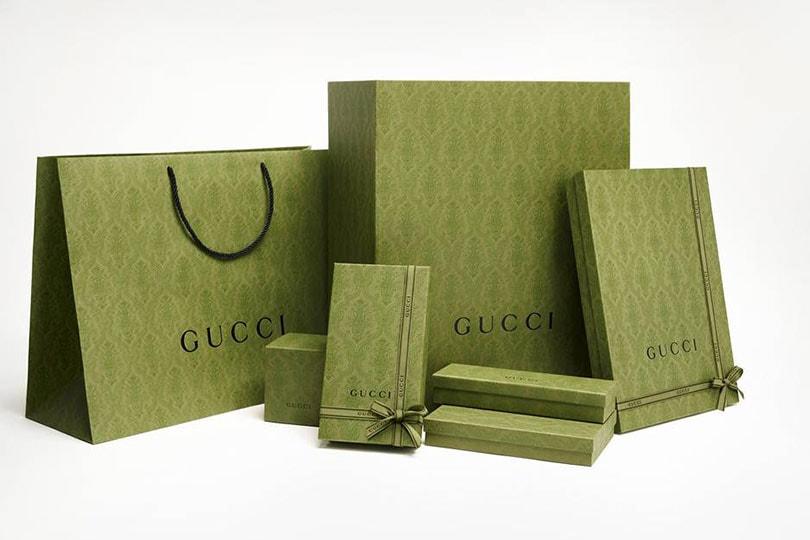 """Gucci lance sa campagne """"Noël du bureau"""" et dévoile un jeu d'arcade"""