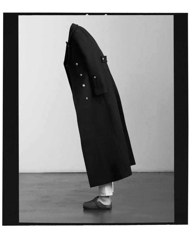 Caban 70's, en laine feutrée, Celine par Hedi Slimane, 2 800 €.