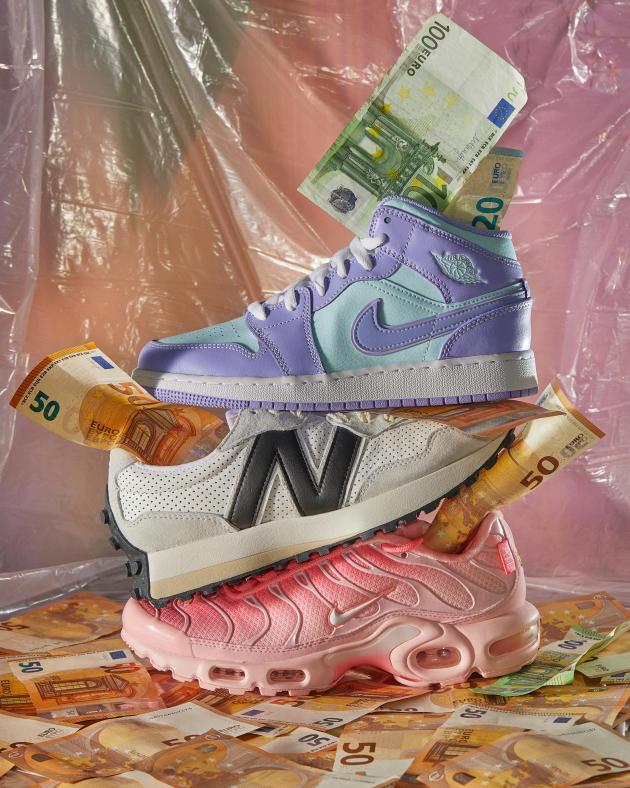 De haut en bas : Jordan 1 Mid Purple Aqua de Nike ; New Balance 327 Casablanca ; Nike Air Max Plus City Special ATL (W).